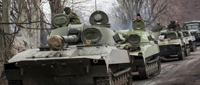 Знімки з супутника показали реальну кількість російської техніки біля кордонів України