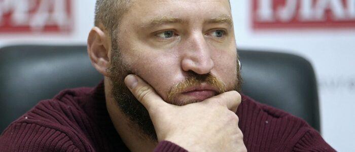 Подзвонив на гарячу лінію МОЗ та запитав, — Де я можу вакцинуватися… у Києві…? Відповідь мене вразила…