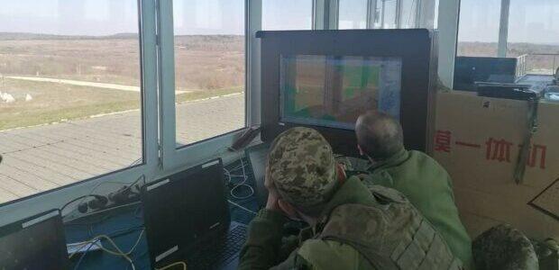 Головний прикордонник пояснив, які документи знадобляться українцям для виїзду: без цього не випустять