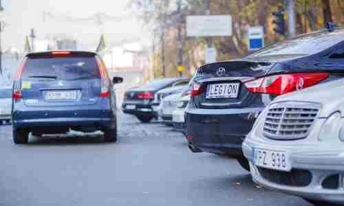В Україні почали конфісковувати «євробляхи». У кого можуть відібрати автомобіль?
